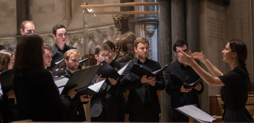 Meghan conducting the choir at Temple Church, December 2016