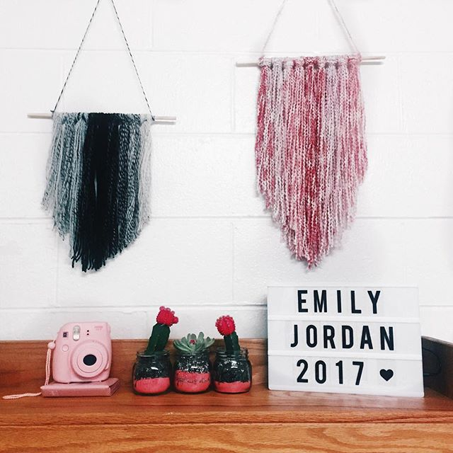 Welcome to the new Emily Jordan Headquarters ✌🏽️#DormLife #EmilyJordan2017