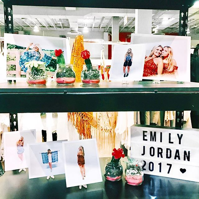 Day ✌🏽️ #EmilyJordan2017 #CoastMiami come say hey we're booth #814 :)