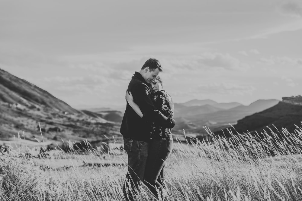 Horsetooth Reservoir Engagement-10.jpg