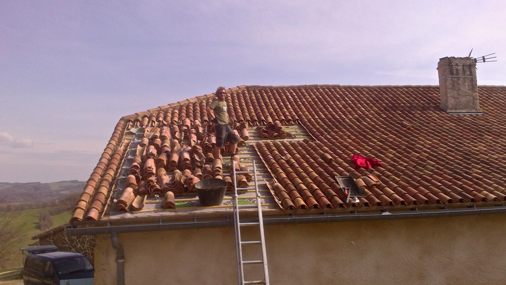 200 msq roof in Auch, France