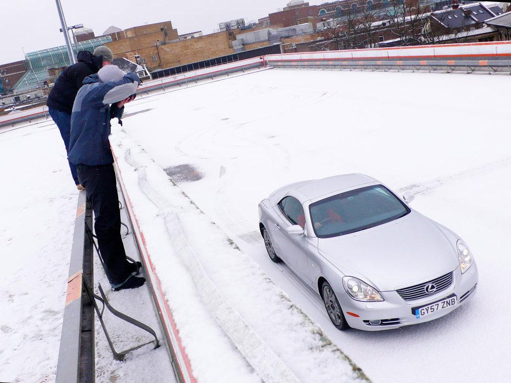 Lexus-snowcar.jpg