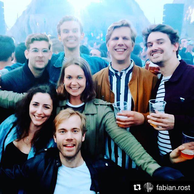Saturday's festival crew ❤️ #lekkerlekker #festivalseasonison #pleivreesfestival