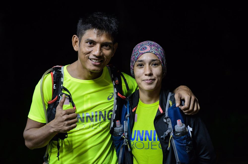 Tahira (right) and her husband and equally strong runner Abdul Rahman