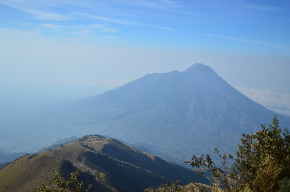 Gunung Merapi is the highest point of the 5 Peaks race