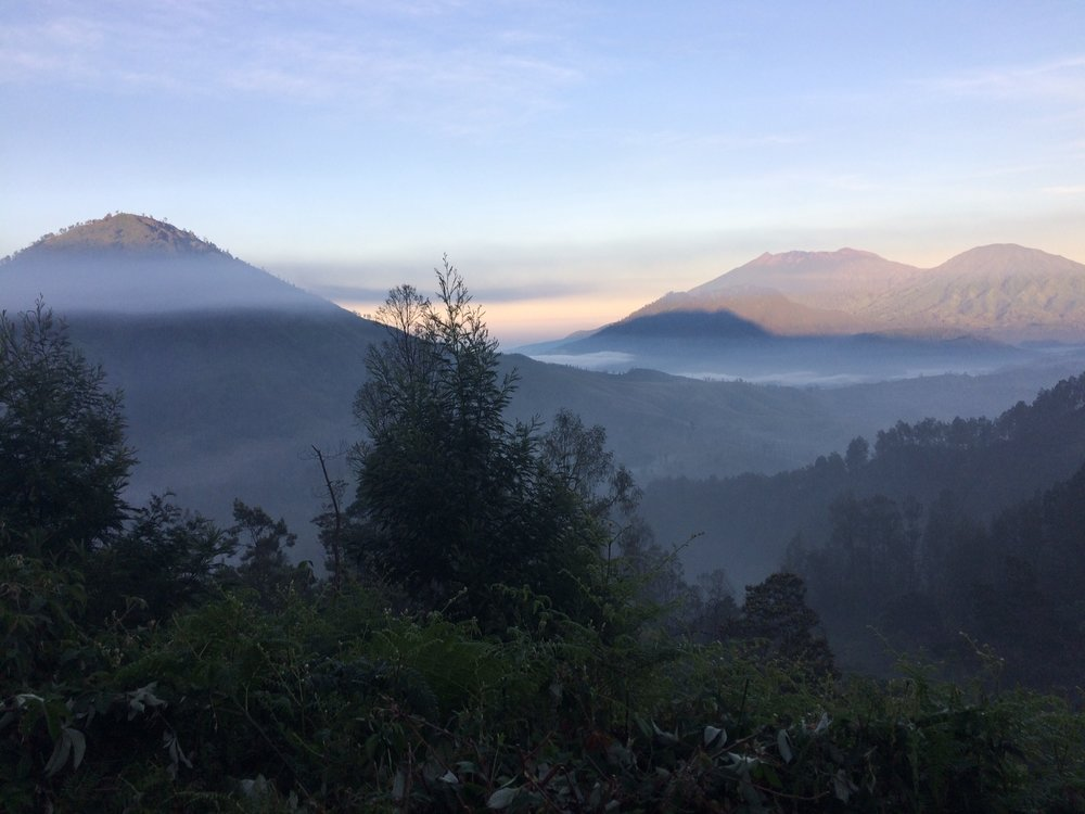 Tale of the Trail - Date: 21/22 July 2018Country: IndonesiaRace venue: Sempol, Bondowoso, East Java, IndonesiaEdition: 4Event organiser: Egon TrailsRace distance:100 km (NEW) / 70 km / 42 km/ 21 kmElevation gain: 4200 Hm (100 km); 2448 Hm (70 km)Highest altitude: 2300mRace starting time: 04:00 a.m. (100 km); 10.00p.m. (70km); 05.00 a.m. on Sunday (42km)Cut-off time: 32 hours (100 km) 16 hours (70km); 10 hours (42km); 4 hours (21km)Asia Trail Master finisher points: 100 (100 km); 70 (70 km)Max Asia Trail Master performance points: 400 (100 km and 70 km)Grandmaster Quest: 1 point (100km & 70km)Event website:LinkEvent registration: Opening soonInternational gateway: Surabaya (Java), Denpasar (Bali)2017 Male Champion 100K: Dzaki Wardana (INA)2017 Female Champion 100K: Ruth Theresia (INA)2017 Male Champion 70K: Pablo Diago Gonzales (ESP)2017 Female Champion 70K: Katja Fink (SUI)