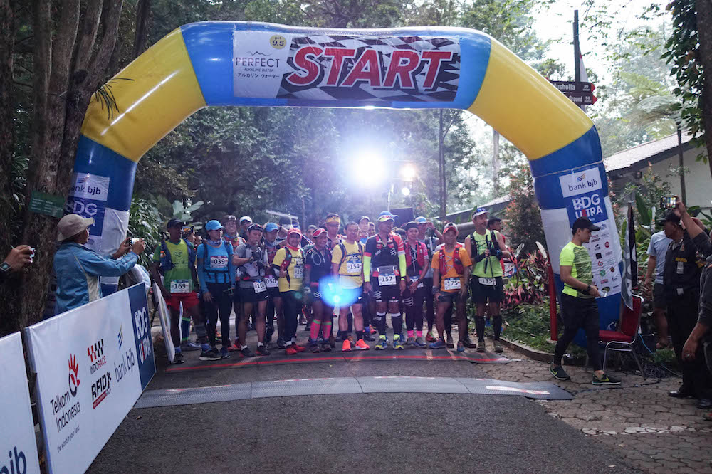 Tale of the Trail - Date: 15/16 September 2018Country: IndonesiaRace venue: Tahura Djando Park (start); Villa Istana Bunda (finish)Edition: 2Event organiser: Bandung ExplorerRace distance: 100 km (50 km also available)Elevation gain: 6800 Hm (100km)Race starting time: 5 a.m. (100K)Cut-off time: 32 hoursAsia Trail Master finisher points: 150 (Indonesia SuperTrail!)Max Performance points: 400Grandmaster Quest: 1 point (100km)Event website: LINKEvent registration: Opening soonInternational gateway:  Bandung (Air Asia); Jakarta