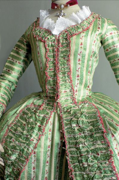 French-style dress in Lyonnaise silk  cca. 1780, Photo credit:  Fragonard