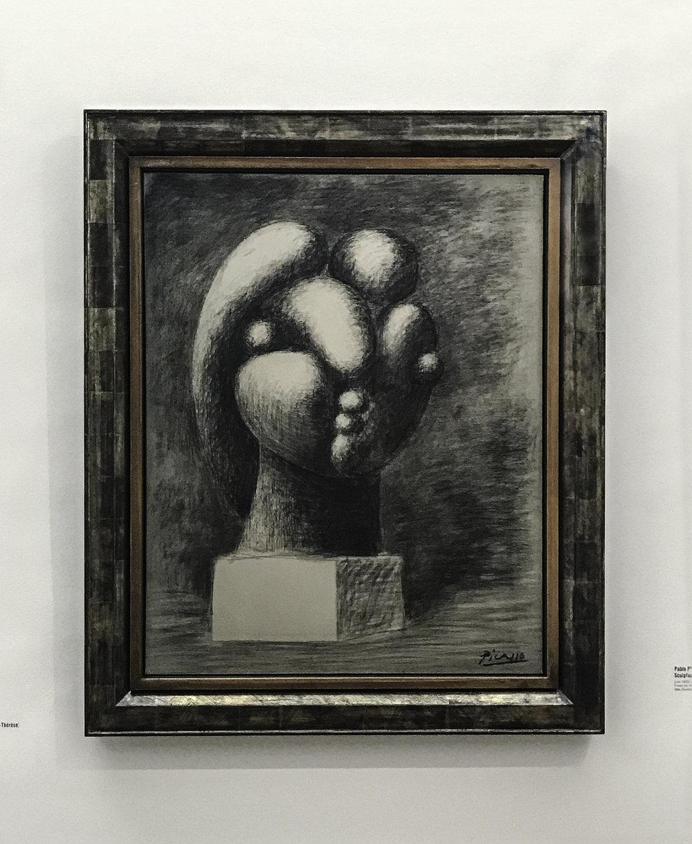 """Pablo Picasso, """"Sculpture d'une tete: Marie-Thérèse,"""" 1932,charcoal on canvas"""