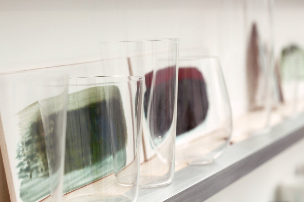 Shotoku glasses on display at Reiko Kanekoo stand, Decorex International 2018 ©Reiko Kaneko