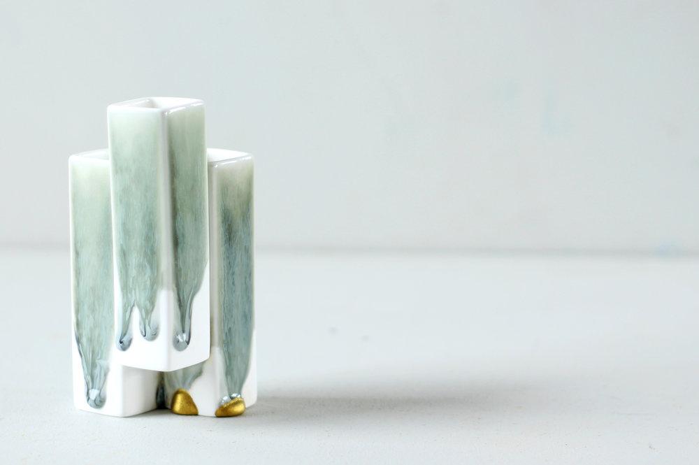 Reiko Kaneko, Icy Drip Kintsugi Cluster Vase ©Reiko Kaneko
