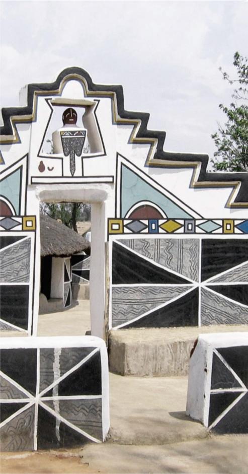 Ndebele triangular motifs © OKHA
