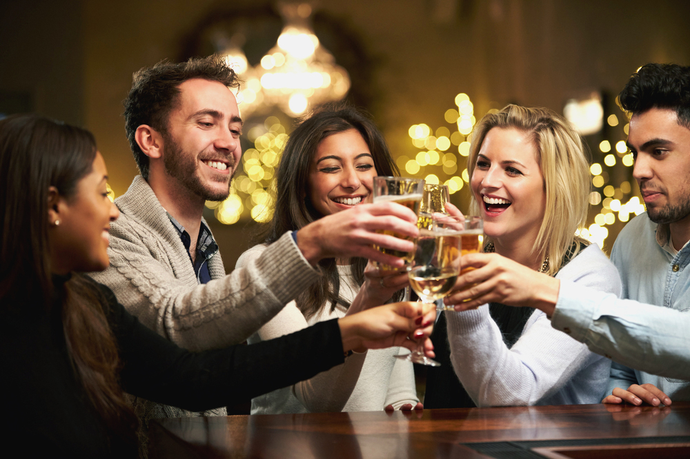 How to Enjoy Alcohol and Stay Healthy and Lean
