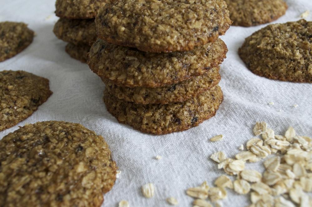 espresso-oat-breakfast-cookies-stack-1-molasses-and-mayhem.jpg