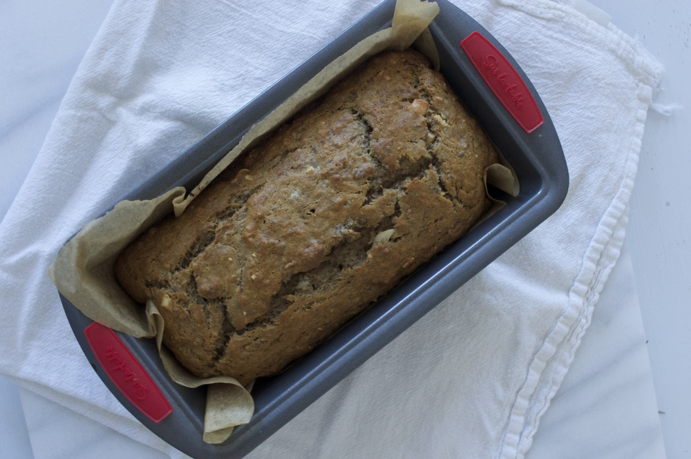 star-anise-banana-bread-with-cashews-overhead-in-pan-molasses-and-mayhem.jpg