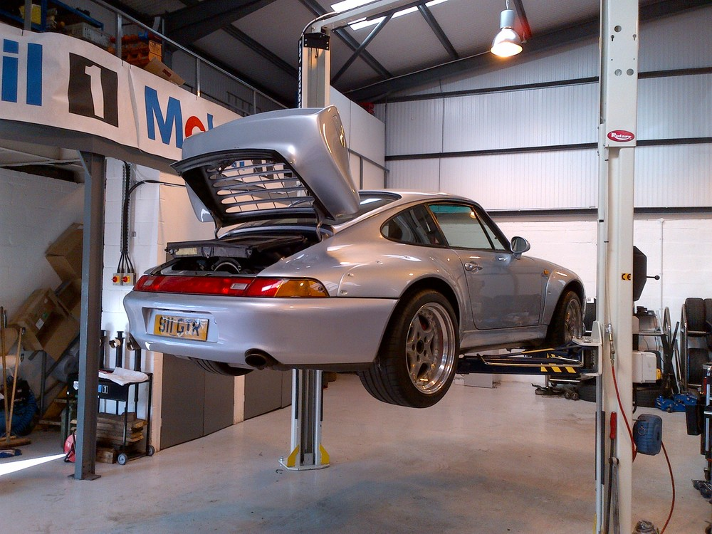 911 993 GT2.
