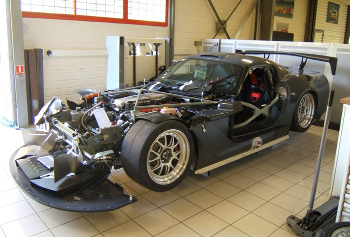 Brookspeed RacingViper_in_workshop.jpg
