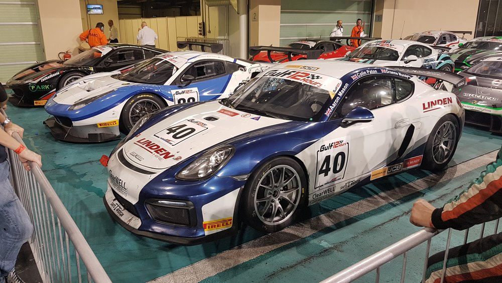 Cayman GT4 Clubsport 1st race at Pau France.