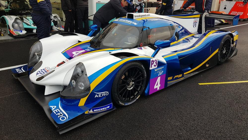 Le Mans Cup lmp3 pit lane 1.jpg