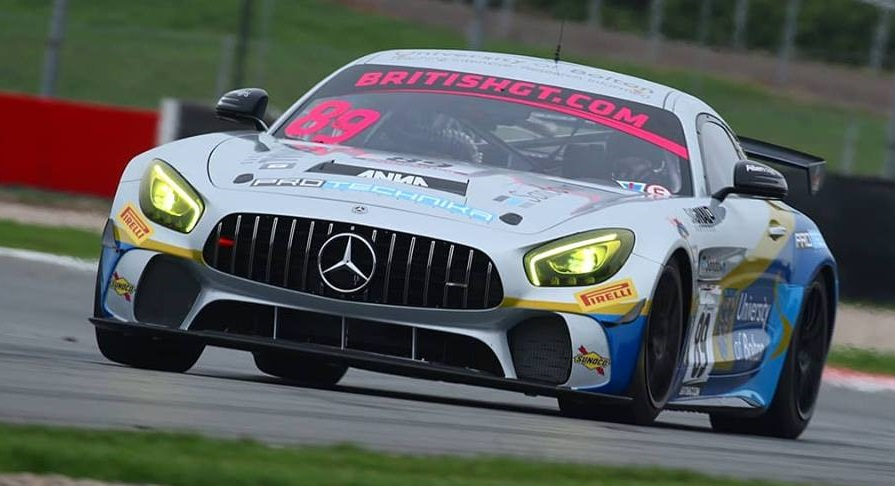 24 hour series in Mercedes AMG GT4