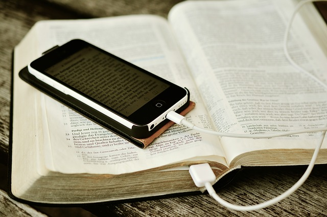 bible-2690295_640.jpg