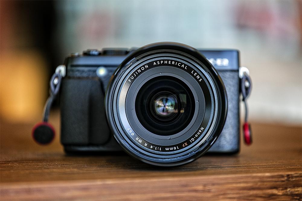 fuji_lens_focus_med.jpg