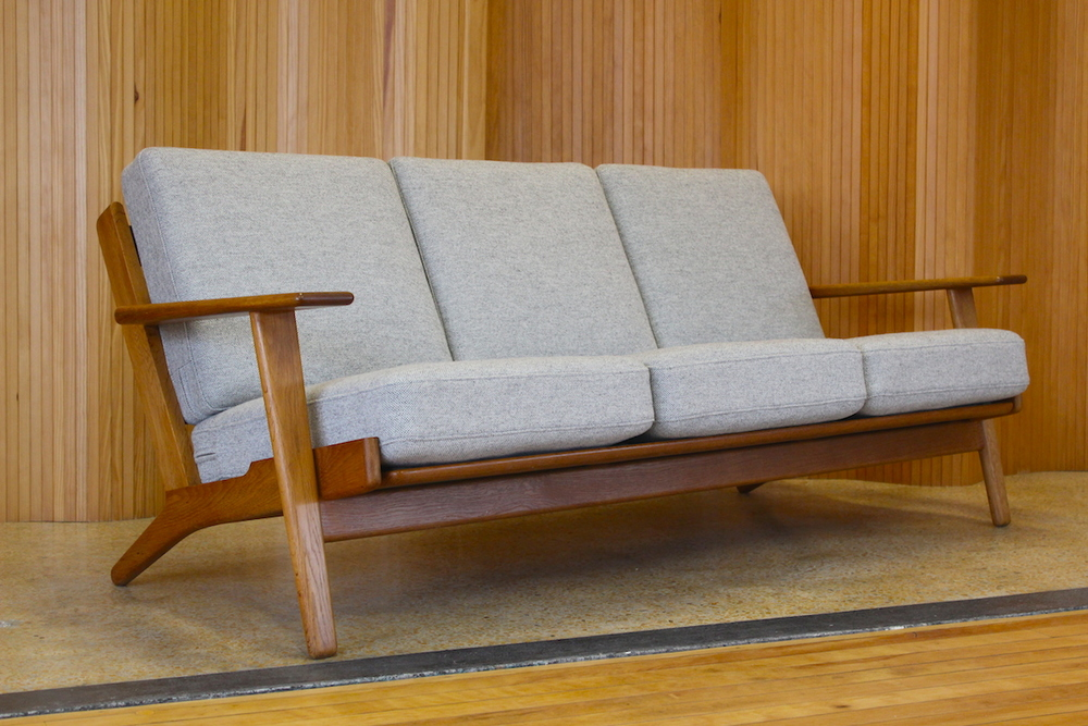 Hans Wegner sofa - model GE-290/3 - manufactured by Getama, 1953
