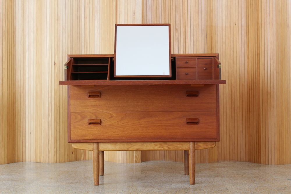Borge Mogensen teak/oak dressing chest - Soborg Mobelfabrik