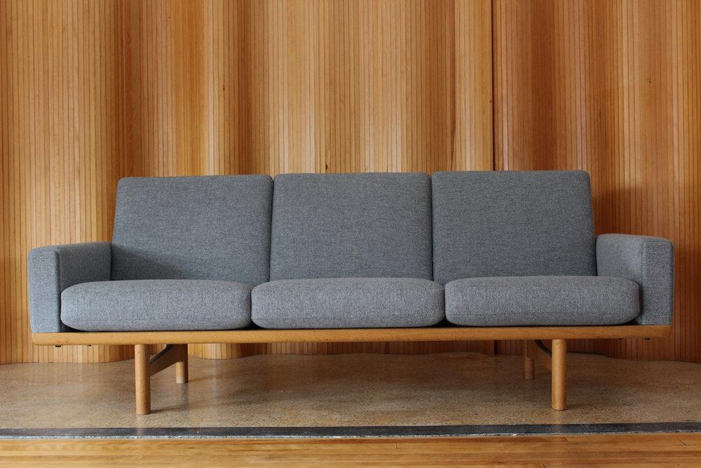 Hans Wegner sofa - model 236/3 - Getama, Denmark