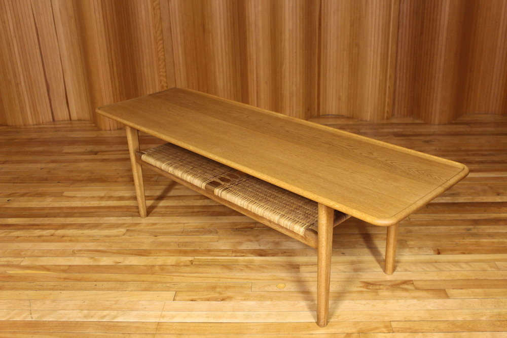 Hans Wegner AT10 coffee table - Andreas Tuck