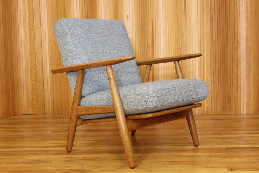 Hans Wegner oak 'cigar' chair - model GE240 - Getama Denmark