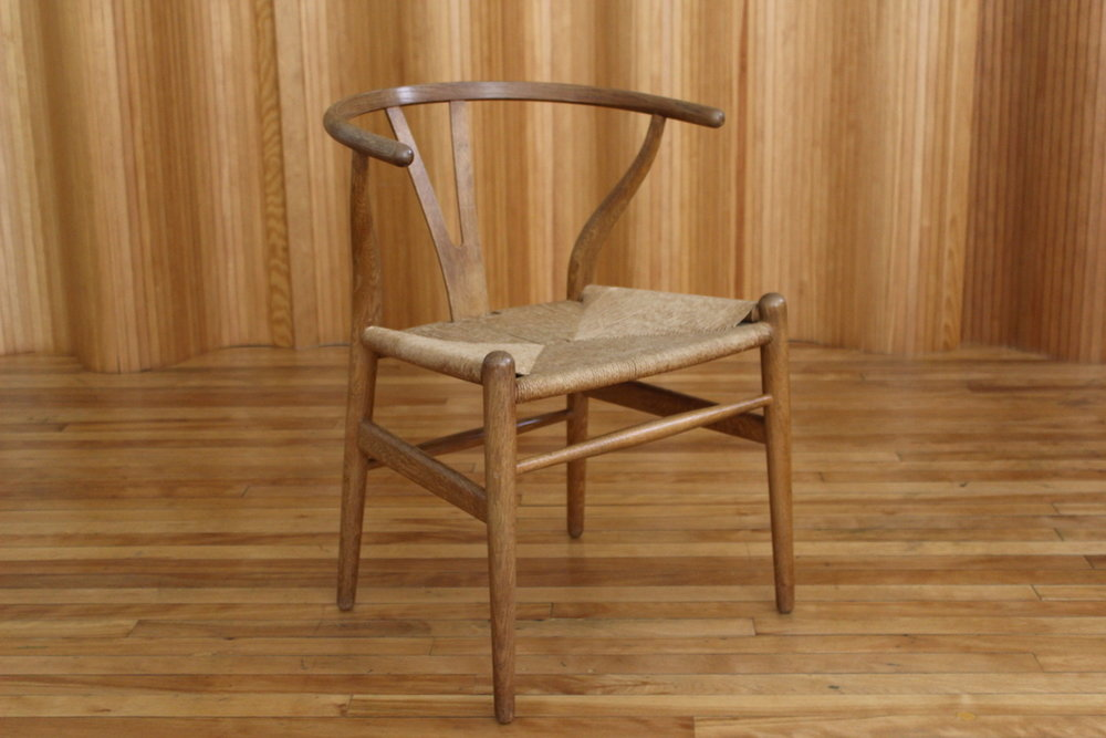 Hans Wegner oak 'wishbone' or 'Y' chair - model CH24 - Carl Hansen & Son, Denmark