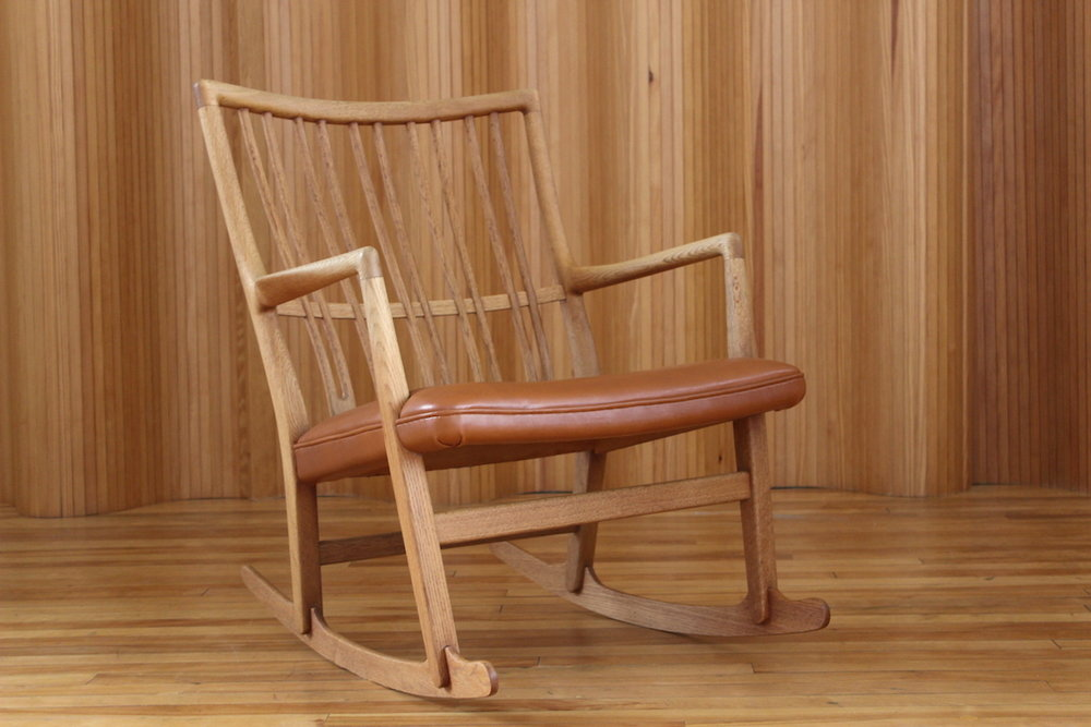 Hans Wegner ML33 rocking chair Mikkael Laursen Denmark 1942