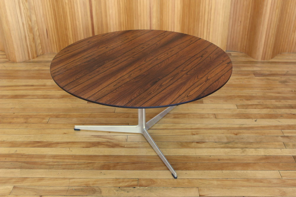Arne Jacobsen rosewood coffee table Fritz Hansen Denmark