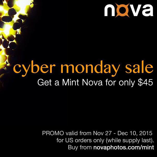 "Get your Mint #NovaFlash for only $45. Visit www.novaphotos.com/mint and click on ""Get a Mint Nova"". #cybermonday #cybermondaysale #iphoneography #iphoneonly"
