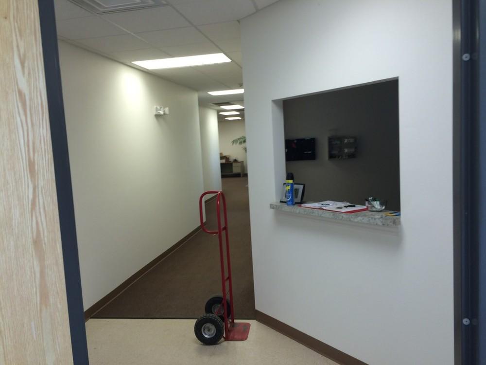 Customer Entrance & Reception