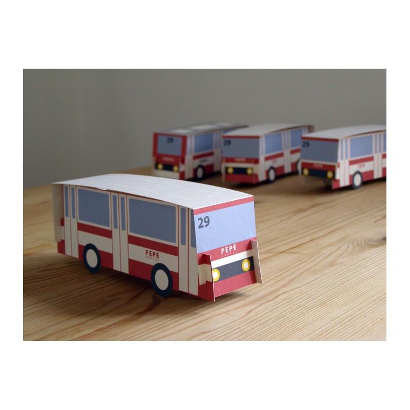 Vystřihovánka autobus.