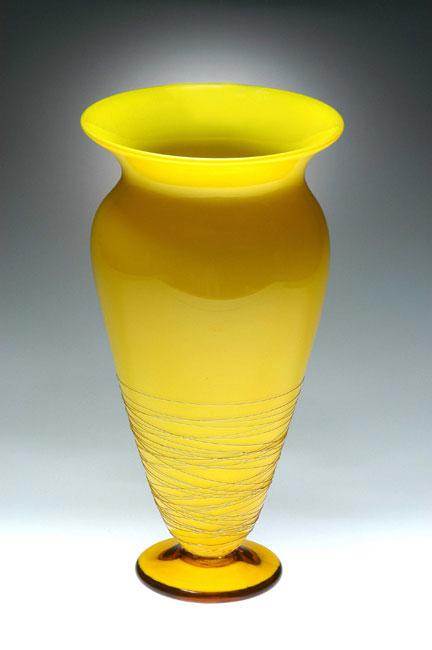 Lemon threaded vase