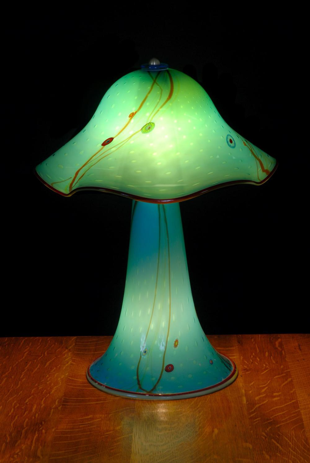 Aquarium ruffle table lamp