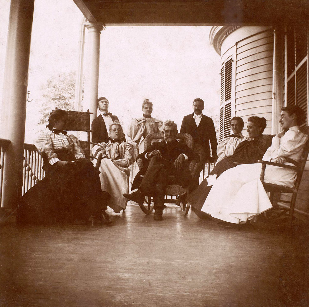 George Washington Mead and some of his children, at Tarry-A-Bit