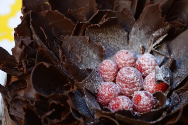 chocolate_raspberry_cake_10.jpg