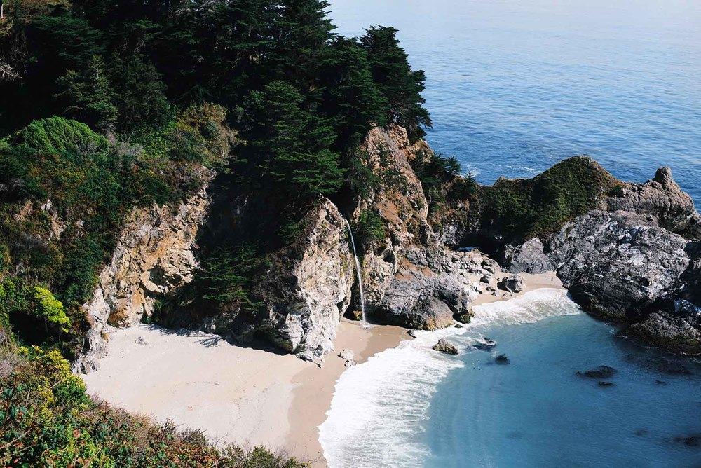 Big Sur, CA |A Brown Table