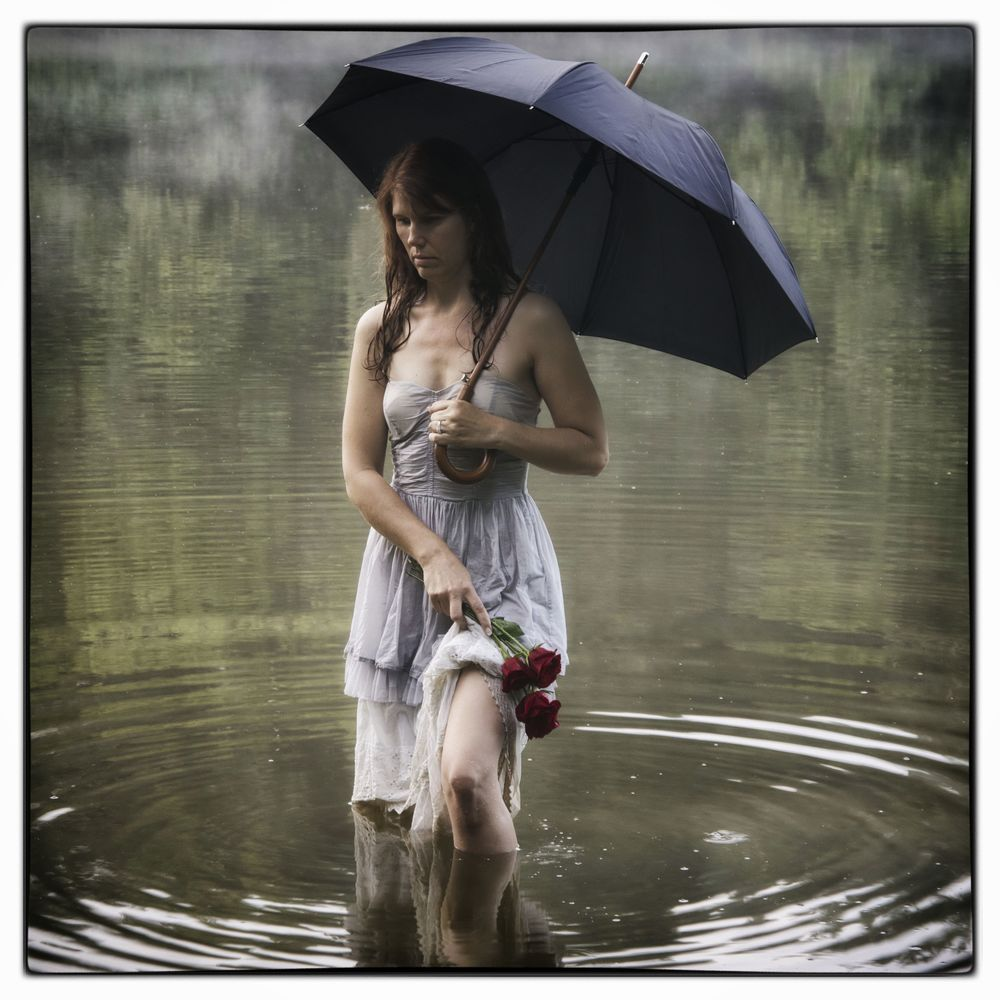 Lady with Black Umbrella III