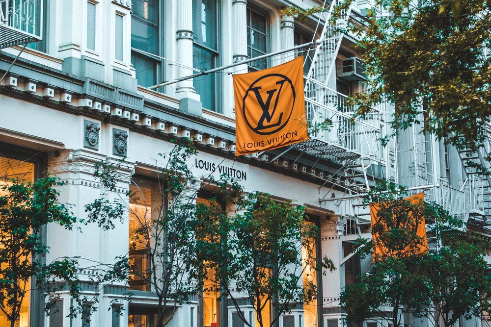 LV flags.jpg