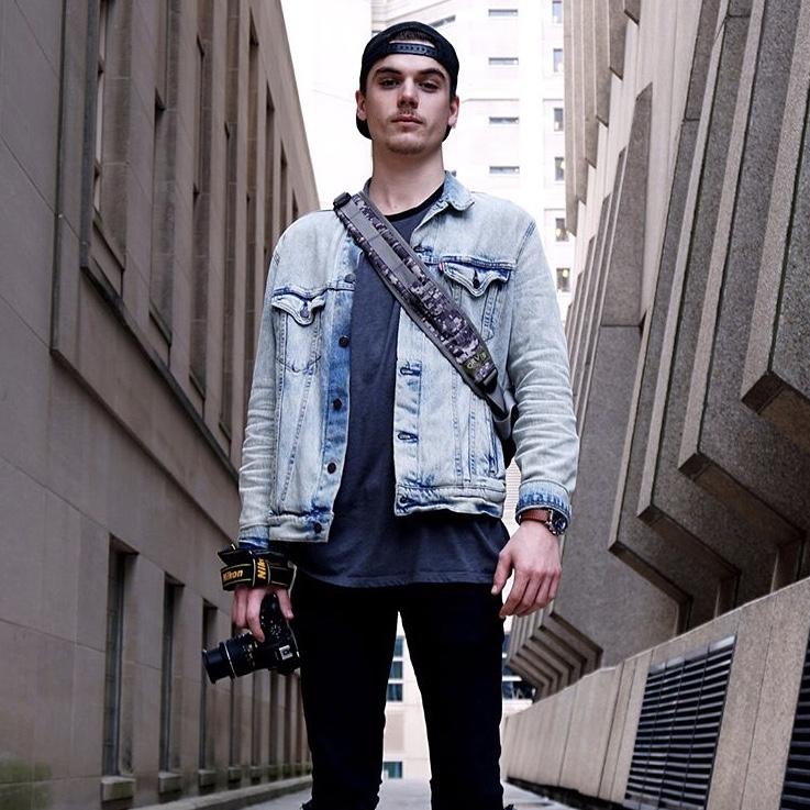 DYLAN TAFEL   PHOTOGRAPHER