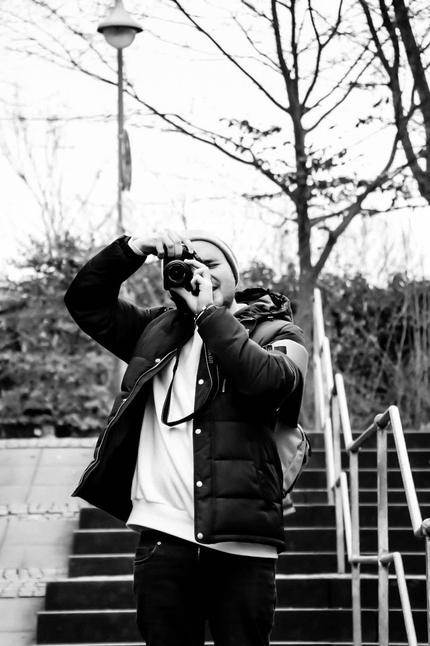 DOM SMITH   PHOTOGRAPHER