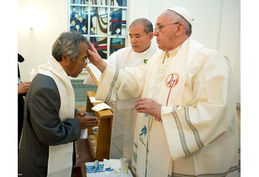 From Vatican Radio, 2014-08-17 Pope Francis baptizes Francis.