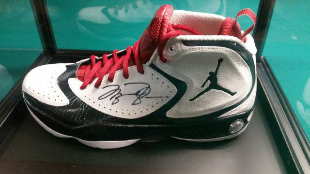 Signed and authenticated Michael Jordan shoe