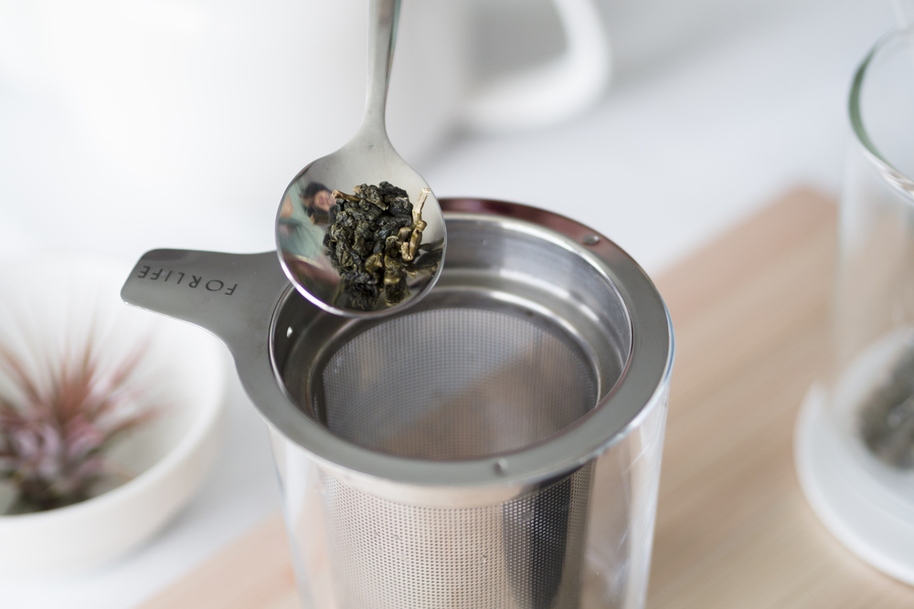 Add tea leaves into infuser.