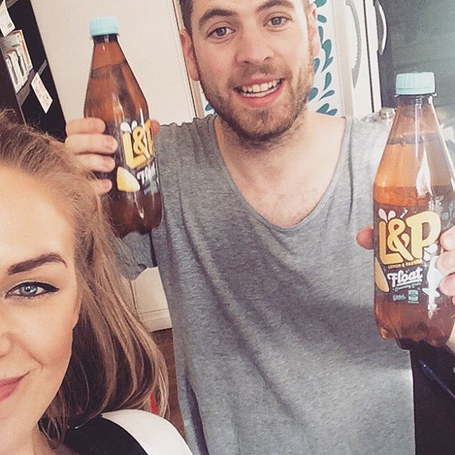 Chur to @zmdunedin for the L&P hook up! The ole kiwi favourite has had a reboot and we're fizzed we got to try it. L&P Creaming Soda - perfect for this beaut weather! 🙌 #winning . . . . . . . . . #competition #winners  #hot #weather #cold #drink #zmdunedin #zm #radio